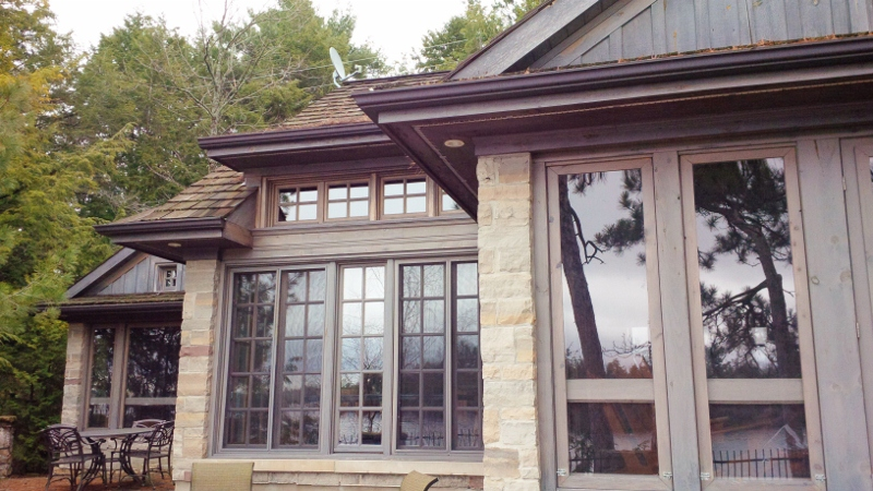 Waterfront Homes/Cottages | Property types | Rideau Realty